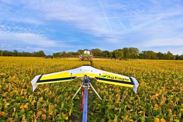 11_Robots_Agriculture_Farming_Robotics20_resize_md