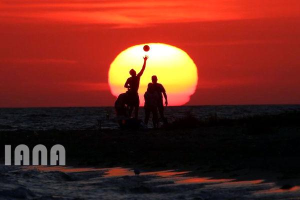 تفریح؛ساحل دریای سیاه شبهجزیره کریمه