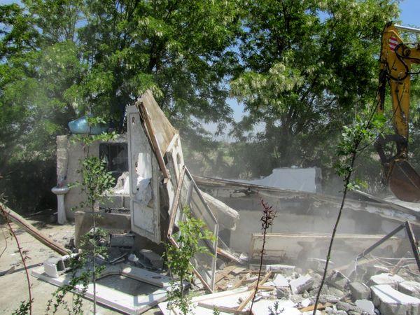 آزاد سازی 2.5 هکتار از اراضی کشاورزی شهرستان تهران از دست متصرفان