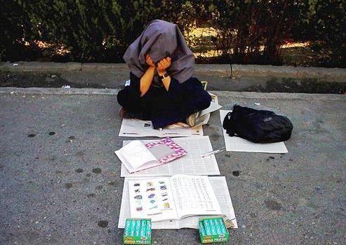باز هم جای کودکان کار در مدرسه خالی است