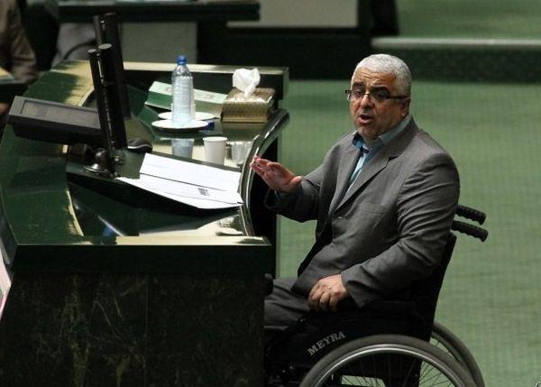 دولت روحانی تحت فشار است