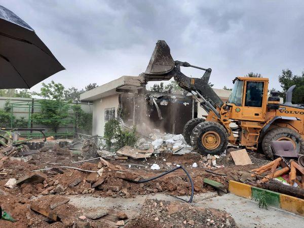 ٦٦ ساخت وساز غیرمجاز در اراضی کشاورزی ری تخریب شد