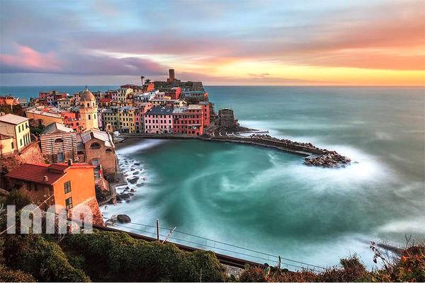 ساحل ورنزا؛ یکی از شهرهای زیبای ایتالیا