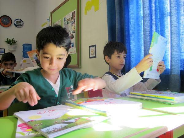 خانواده ها چرا 576 میلیارد تومان کتاب کمک درسی می خرند؟!