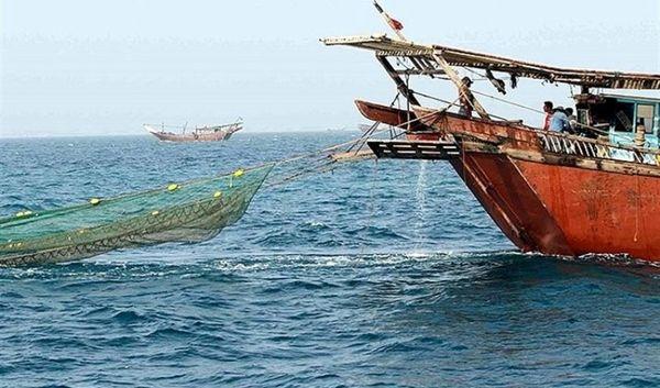 برخورد با صید ترال غیرمجاز توسط لنجهای سنتی