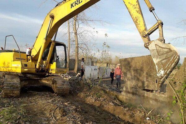 رفع تصرف ۳ هزار متر از ساخت و سازهای غیرمجاز در بدره