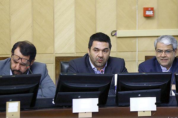 وعده لاریجانی برای اعطای کرسی به بخشخصوصی در نهادهای سیاستگذاری