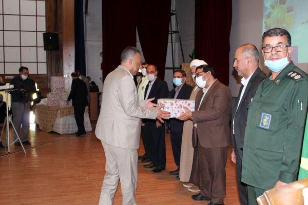 تعاونیهای کشاورزی نمونه استان همدان معرفی شدند