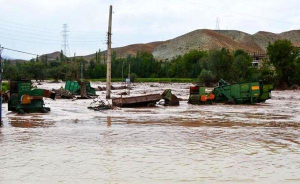 خسارت سیل به قنوات ومحصولات کشاورزی شهرستان زرند