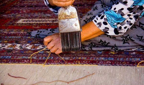 با کارآفرینی روستایی طرحهای فرش ثبت جهانی شد
