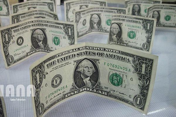 دلار مبادلهای 4400 تومان را پشت سر گذاشت
