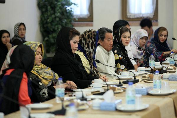 نشست بررسی فرصتهای تجاری اصفهان و تایلند/ ایجاد روابط تجاری در زمینه صنایع غذایی