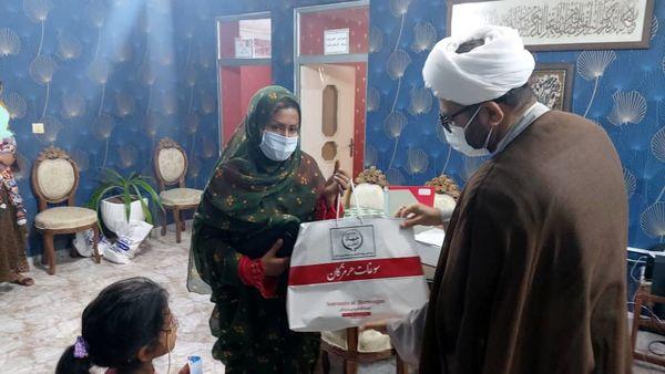 توزیع بستههای معیشتی جهادکشاورزی هرمزگان بین نیازمندان در طرح سردار سلیمانی