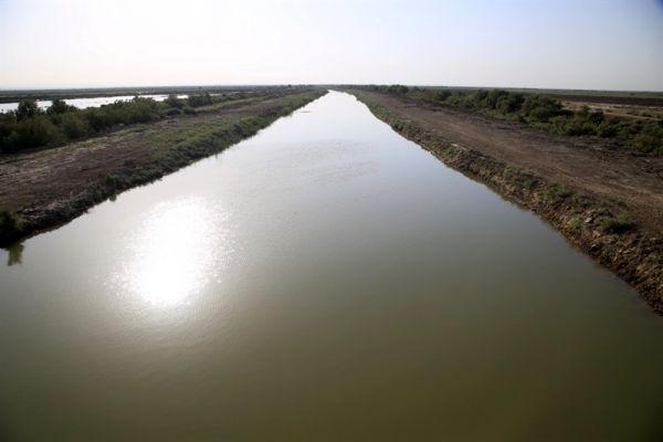 سرشاخههای رودخانه کرخه منتهی به تالاب هورالعظیم لایروبی شد
