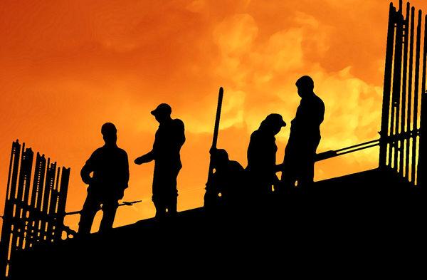 کارگران گرفتار شکاف هزینه و دستمزد