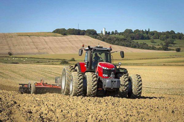 پرداخت تسهیلات خرید ماشینآلات کشاورزی آغاز شد
