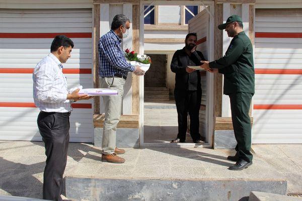 تقدیر از پرستاران بیمارستان سینا توسط مجموعه جهاد کشاورزی خوزستان