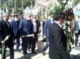 تجدید میثاق وزیر جهاد کشاورزی  با سپهبد شهید سلیمانی