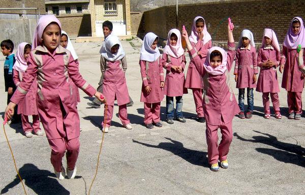 اجرای طرح ضربتی ارتقای فعالیتهای ورزشی دختران ابتدایی