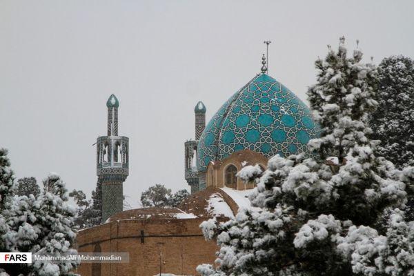 بارش نخستین برف زمستانی در کرمان