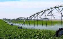 تجهیز زمینهای کشاورزی آبپخش به آبیاری نوین