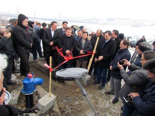 افتتاح طرح آبیاری کم فشار (لوله گذاری) در روستای خراجوی شهرستان آذرشهر