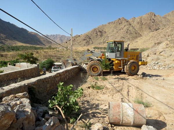 ۳۰ ساخت و ساز غیرمجاز در شهرستان جم قلع و قمع شد