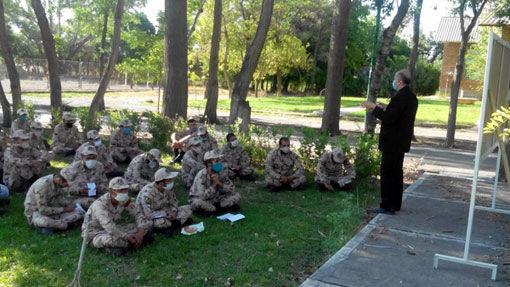 برگزاری دوره های آموزشی جوان سازی باغات پسته توسط مرکز تحقیقات کشاورزی آذربایجان شرقی