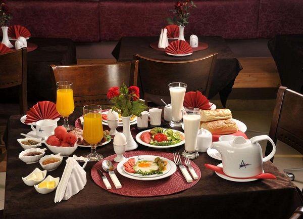 تعجب کره ای ها از منوی صبحانه هتل های ایران!