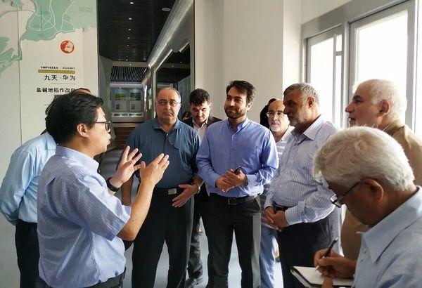 وزیر جهاد کشاورزی از چند طرح نمونه کشاورزی در چین بازدید کرد