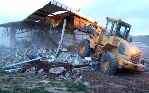 اجرای 18 فقره حکم قلع و قمع بناهای غیر مجاز واقع در اراضی کشاورزی شهرستان هریس
