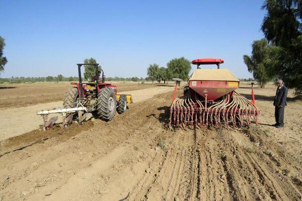 ۴۰۲ میلیارد ریال وام به کشاورزان یزد پرداخت شد