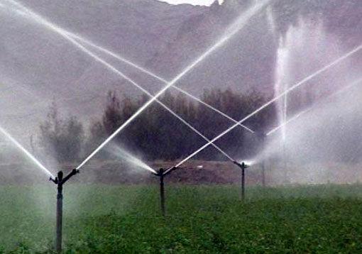 روند اجرای سیستم های نوین آبیاری در سطح شهرستان سراب  سرعت بیشتری خواهد گرفت