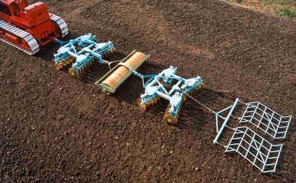 یکمیلیون و 700 هزار هکتار از اراضی کشاورزی با روش خاکورزی حفاظتی