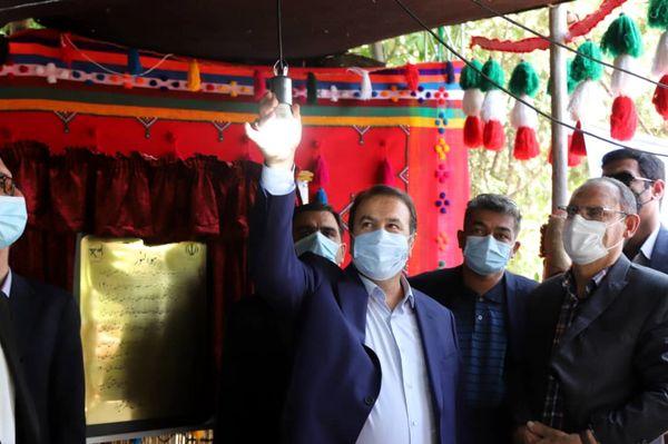 مراسم نمادین تحویل پنل های خورشیدی به عشایر فارس برگزار شد