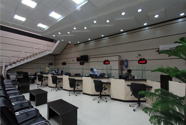 کاهش تعداد شعب داخلی شبکه بانکی در پایان خرداد ماه 97