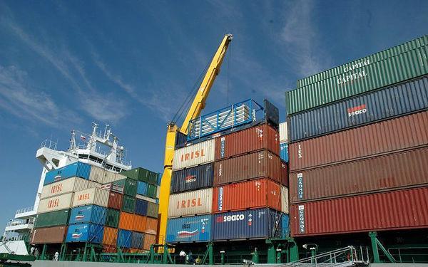 ثبت بیشترین میزان واردات و صادرات در اردیبهشت ماه