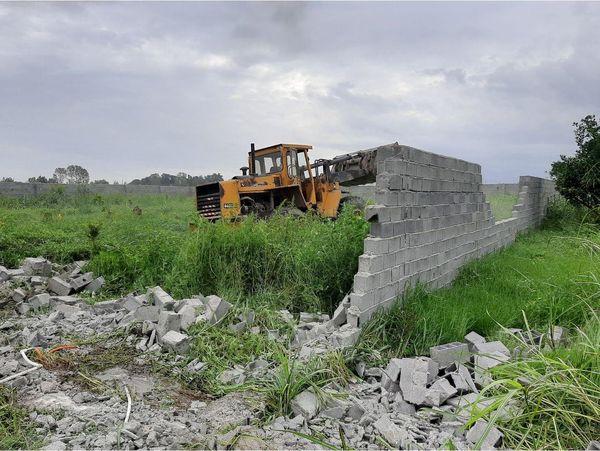 11 دیوارکشی غیر مجاز در آمل قلع و قمع شد