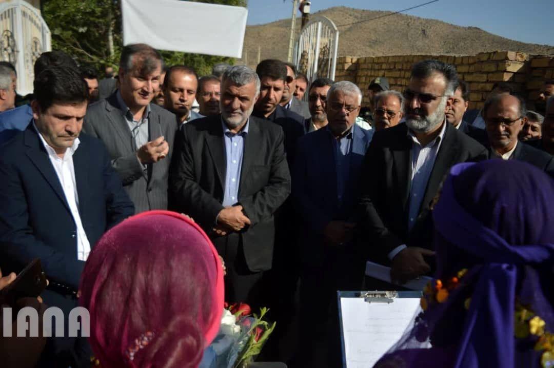 بازدید و بهره برداری پروژه های بخش کشاورزی در سفر وزیر جهاد کشاورزی به استان فارس
