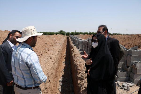 بازدید رییس سازمان جهاد کشاورزی قزوین از روند احداث یک واحد گلخانه مدرن در دانسفهان