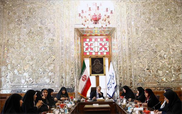 رایزنی لاریجانی برای تصویب لایحه خشونت علیه زنان