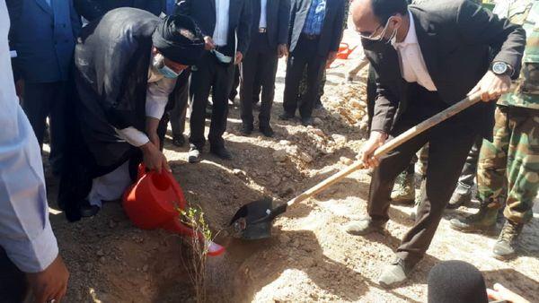 تثبیت ۲۳۰ هزار هکتار کانون گرد و غبار و ساخت ۴۶ بند در خوزستان