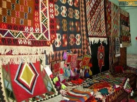 عشایر آذربایجان غربی سالانه نزدیک 16هزار مترمربع فرش تولید میکنند