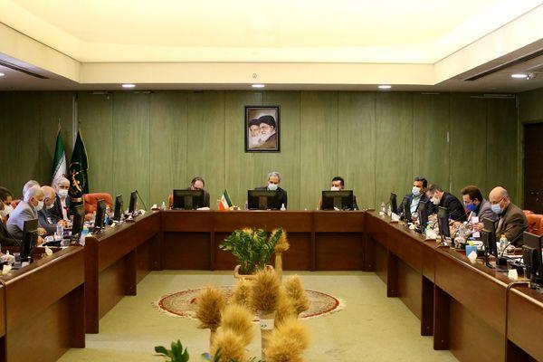 اتحادیههای روستایی و عشایری در توسعه کشاورزی قراردادی مشارکت کنند