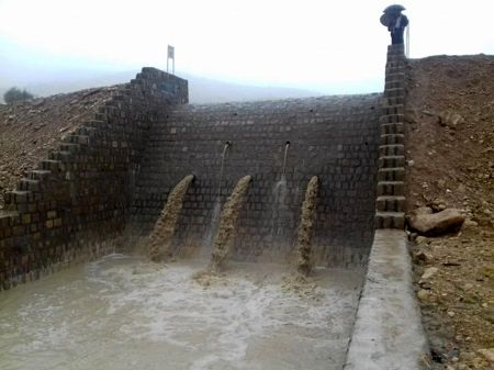 آبگیری بیش از 60 پروژه آبخیزداری در فیروزآباد