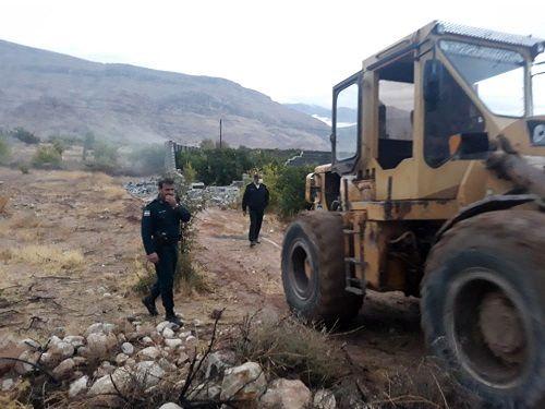 تخریب 15 مورد ساخت و سازهای غیرمجاز در داراب
