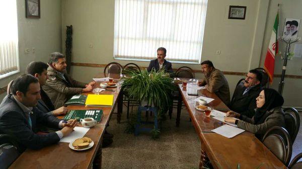بررسی و رفع موانع جذب تسهیلات گلخانهای در  شهرستان شهرکرد