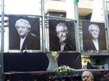 ازدحام در مراسم تشییع پیکر زنده یاد عزت الله انتظامی