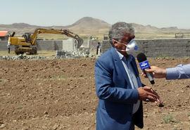 قلع و قمع  ساخت و سازهای غیرمجاز در اراضی کشاورزی واقع در منطقه اسپیران شهرستان تبریز