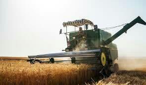 عملیات برداشت گندم از مزارع کشاورزی شهرستان لردگان آغازشد